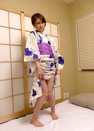 Japanese Ema Mizuki Downloding Wife Bucket