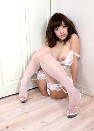 Japanese Kana Momonogi Free Catwalk Girls