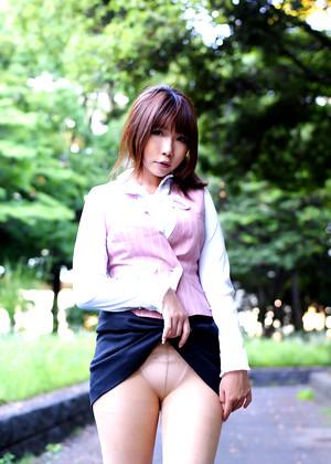 Japanese Rin Higurashi Galeria Cross Legged jpg 9