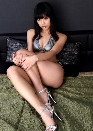 Japanese Sakura Sato Lokl Foot Fetish
