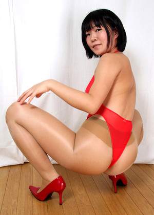 Japanese Saya Takasawa Foot Slave Training