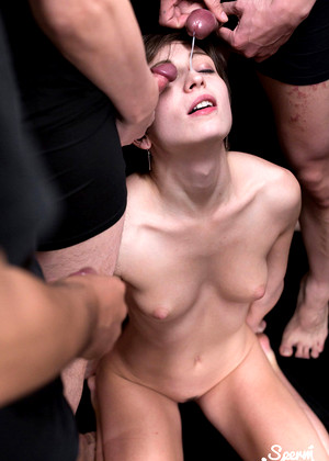 Spermmania Marie Titted Violet Assfucking