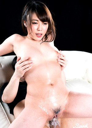 Spermmania Yui Kawagoe Australia Cross Legged