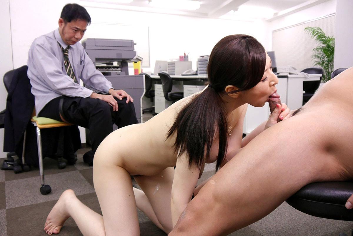 Порно фильм японка под боссом мужем