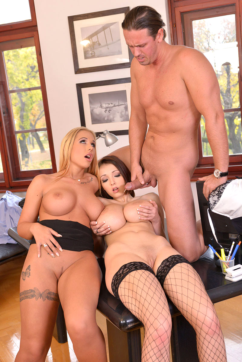 Threesome Banging A Gorgeous Big Tits Brunette