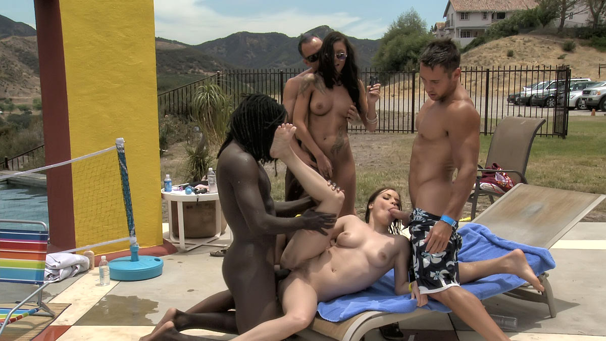 Extreme vacation porn