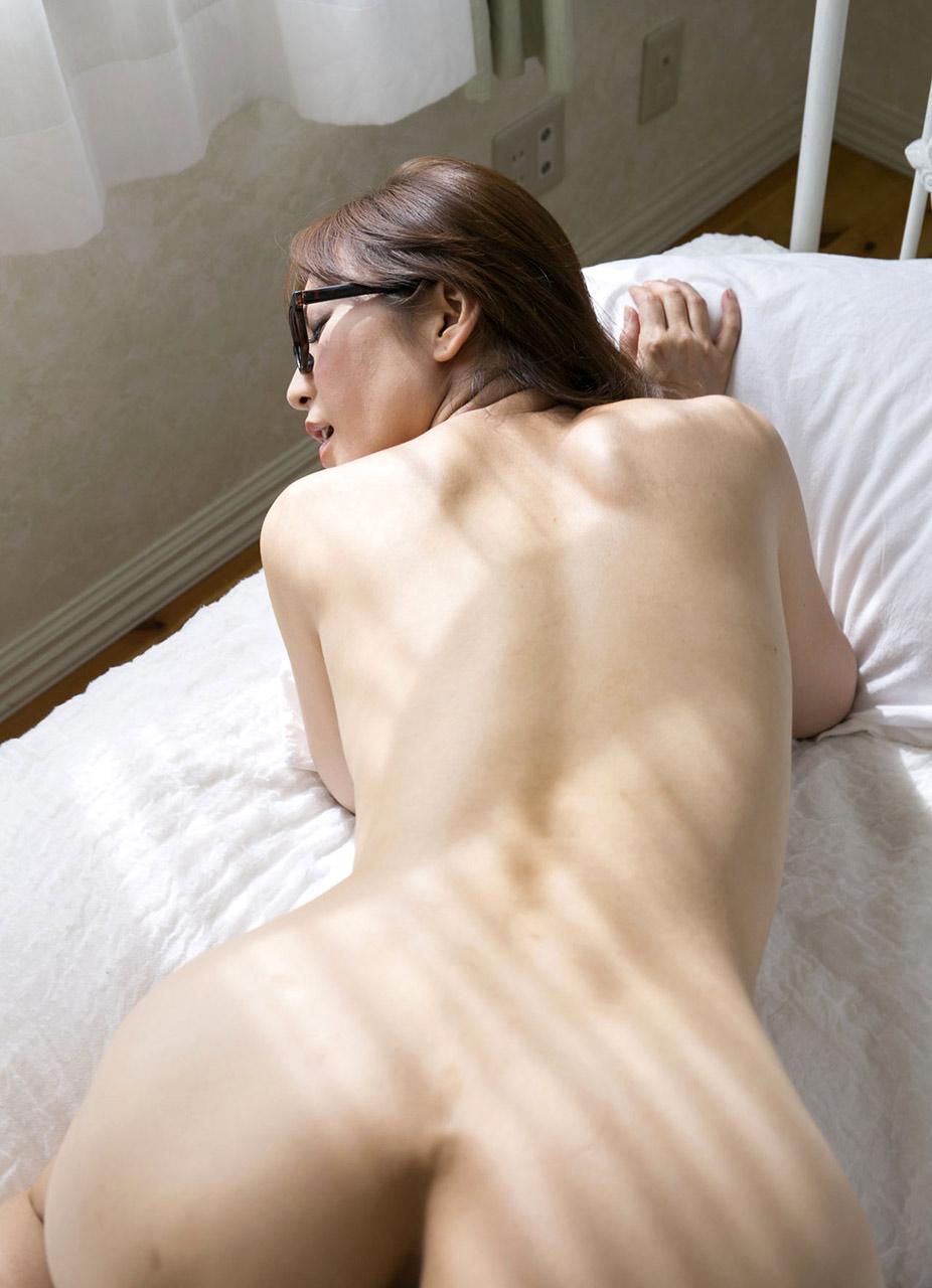 Hitomi Mochizuki Naked