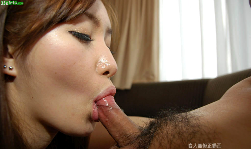 Free young asian girls giving blowjobs