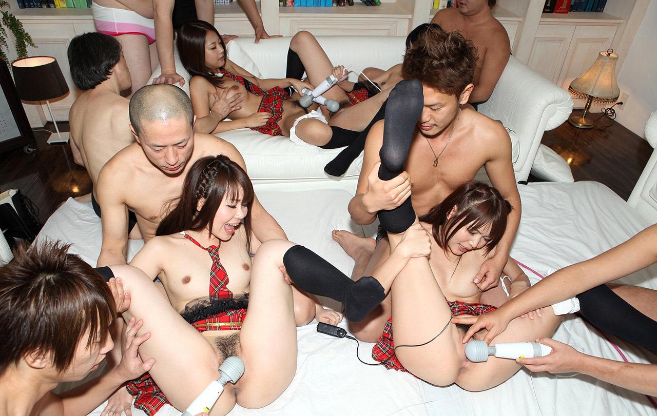 Азиатские порно вечеринка — img 7