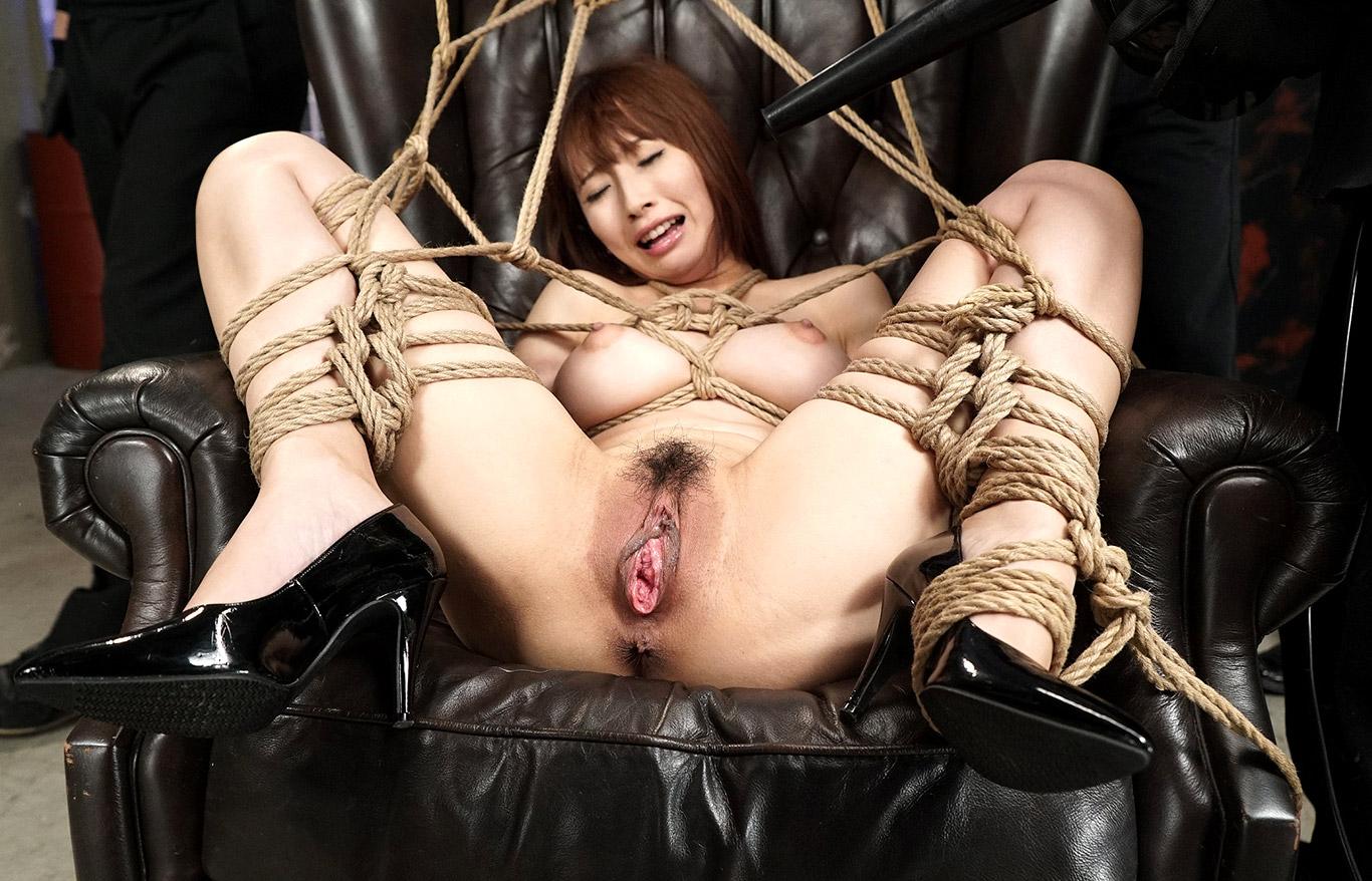 Tied Up Japanese Girl Yuu Mahiru Gets Her Pussy Punished